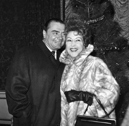 ernest_borgnine_and_ethel_merman_photo